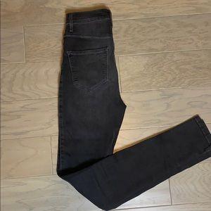 High waist black jean
